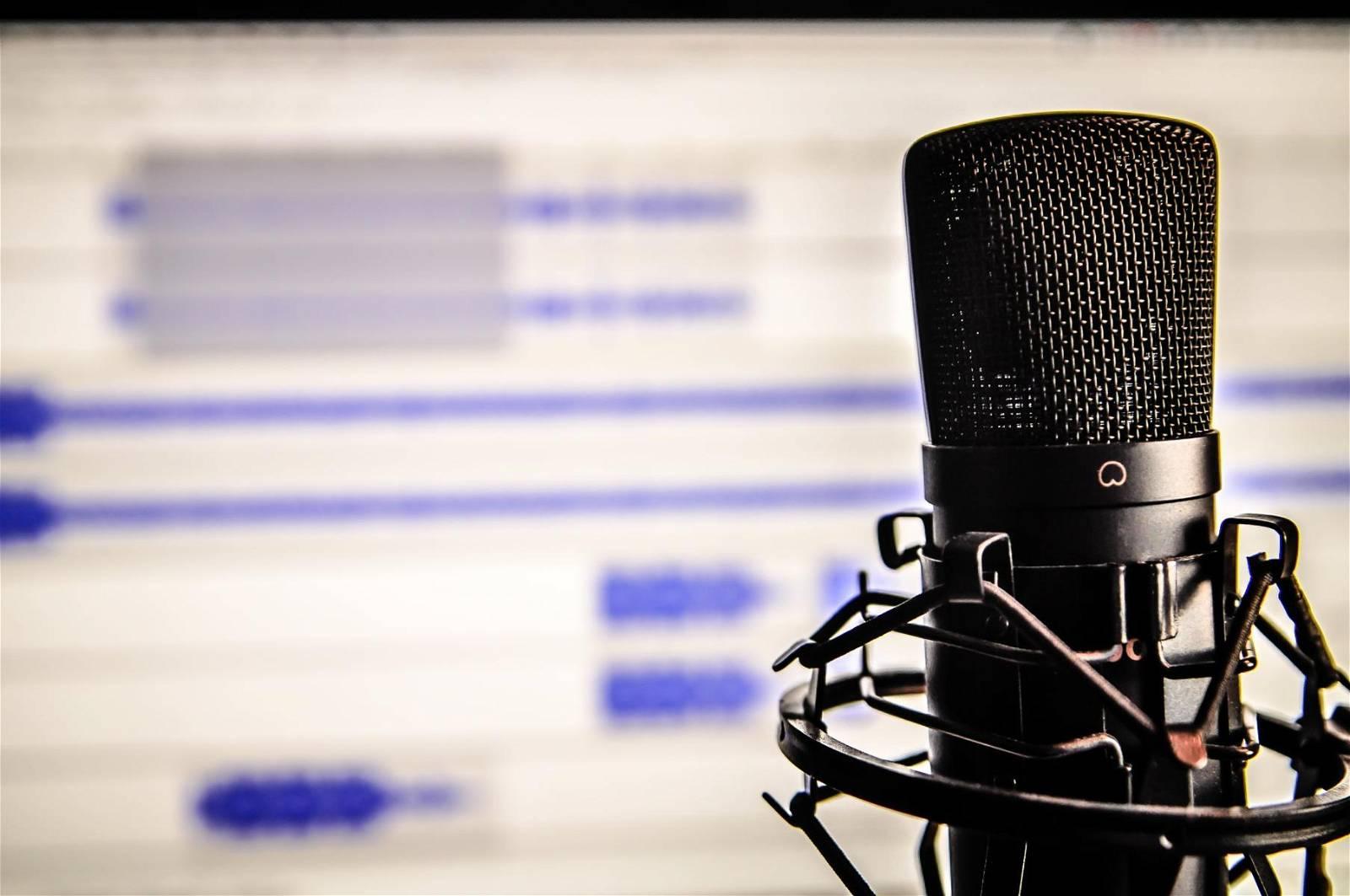 Microfono Rassegna Stampa Vivo Umbria