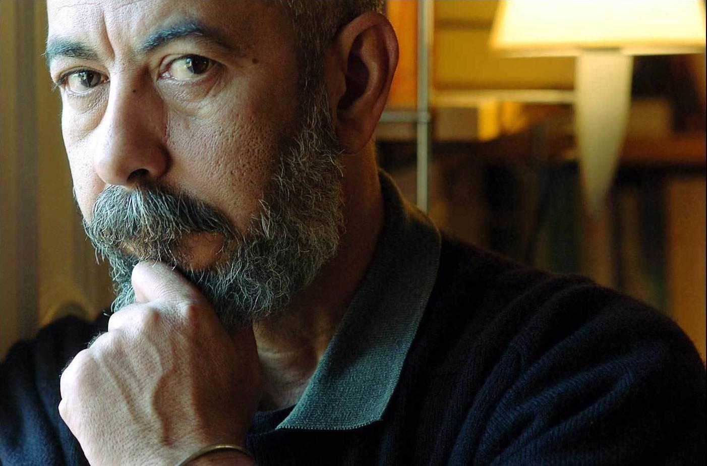Lo scrittore cubano Leonardo Padura Fuentes