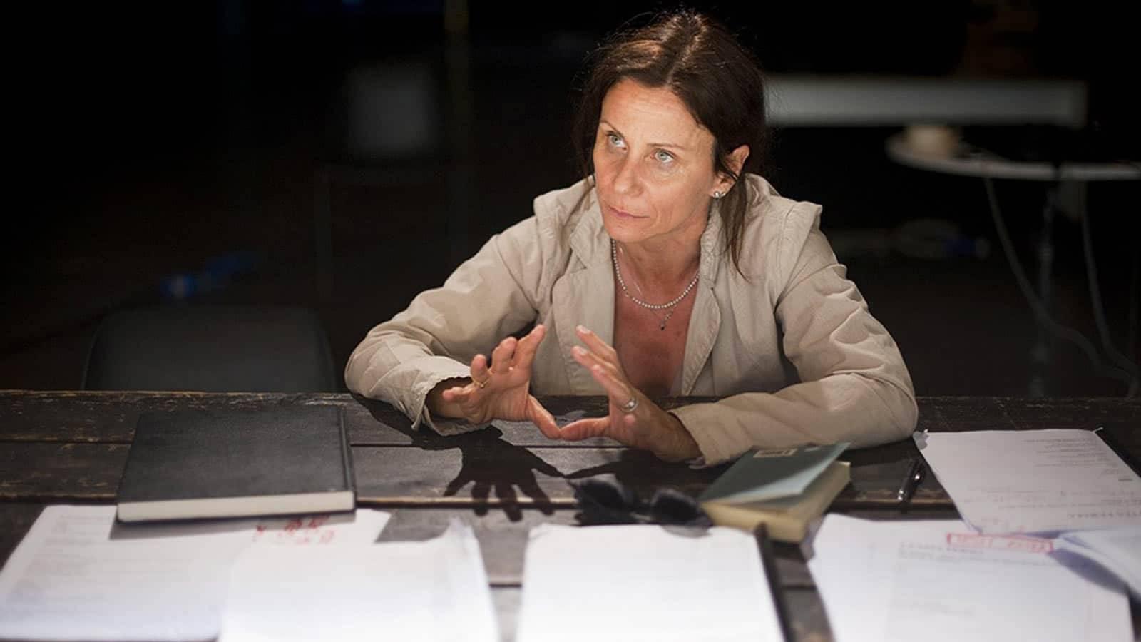 Lucia Calamaro e il suo nuovo spettacolo teatrale alla Biennale di Venezia