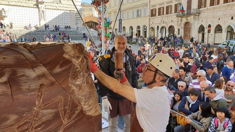 Eurochocolate #attaccabottone con gli studenti umbri