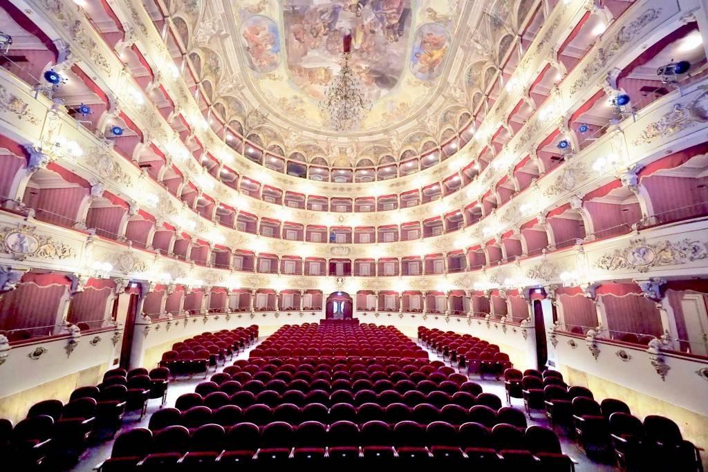 Inaugurati gli interni del Teatro Morlacchi di Perugia