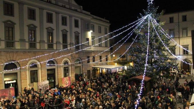 Umbertide, il 22 dicembre mercato natalizio ed Aspettando il Natale