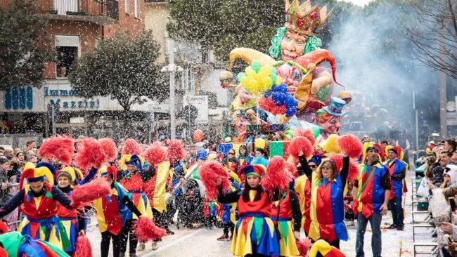 San Venanzo, domenica 16 febbraio sfilata dei carri per le vie del paese