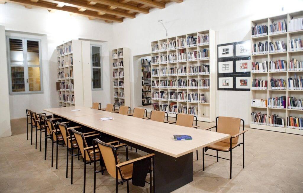 Biblioteca Carandente